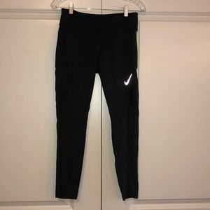 Nike Woman's Epic Lux Running Tight 7/8